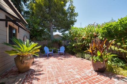 281 Hollister Backyard